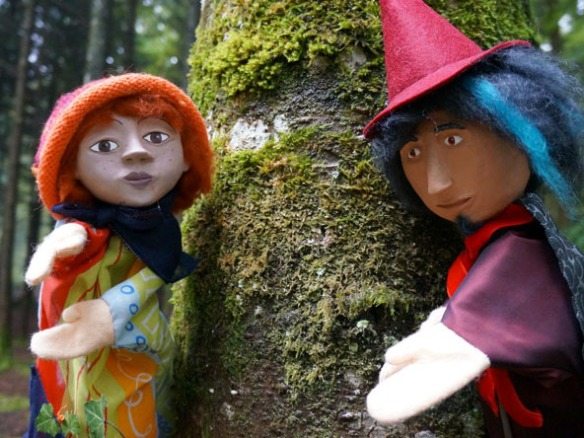 marionettes_duo_800x600px_72dpi